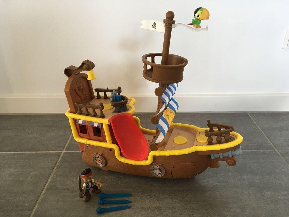 Andet, Musical Piratskibe Bucky, 3 år