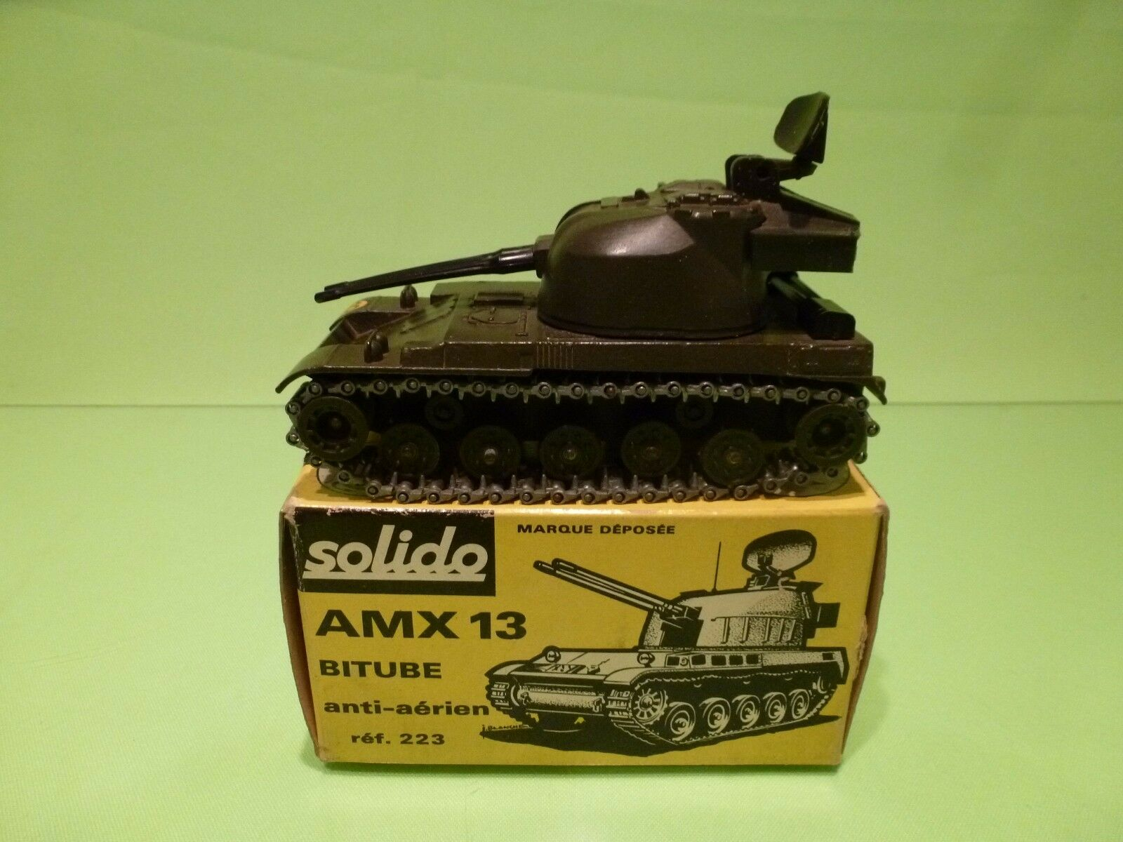 popular SOLIDO 223 MILITARY AMX 13 BITUBE BITUBE BITUBE ANTI AERIEN TANK - ARMY verde - GOOD IN BOX  connotación de lujo discreta