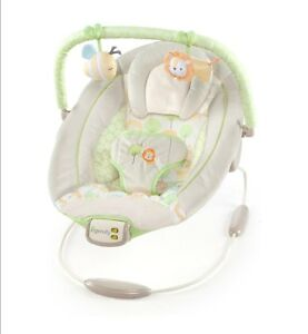 Babywippe-Cradling-Bouncer