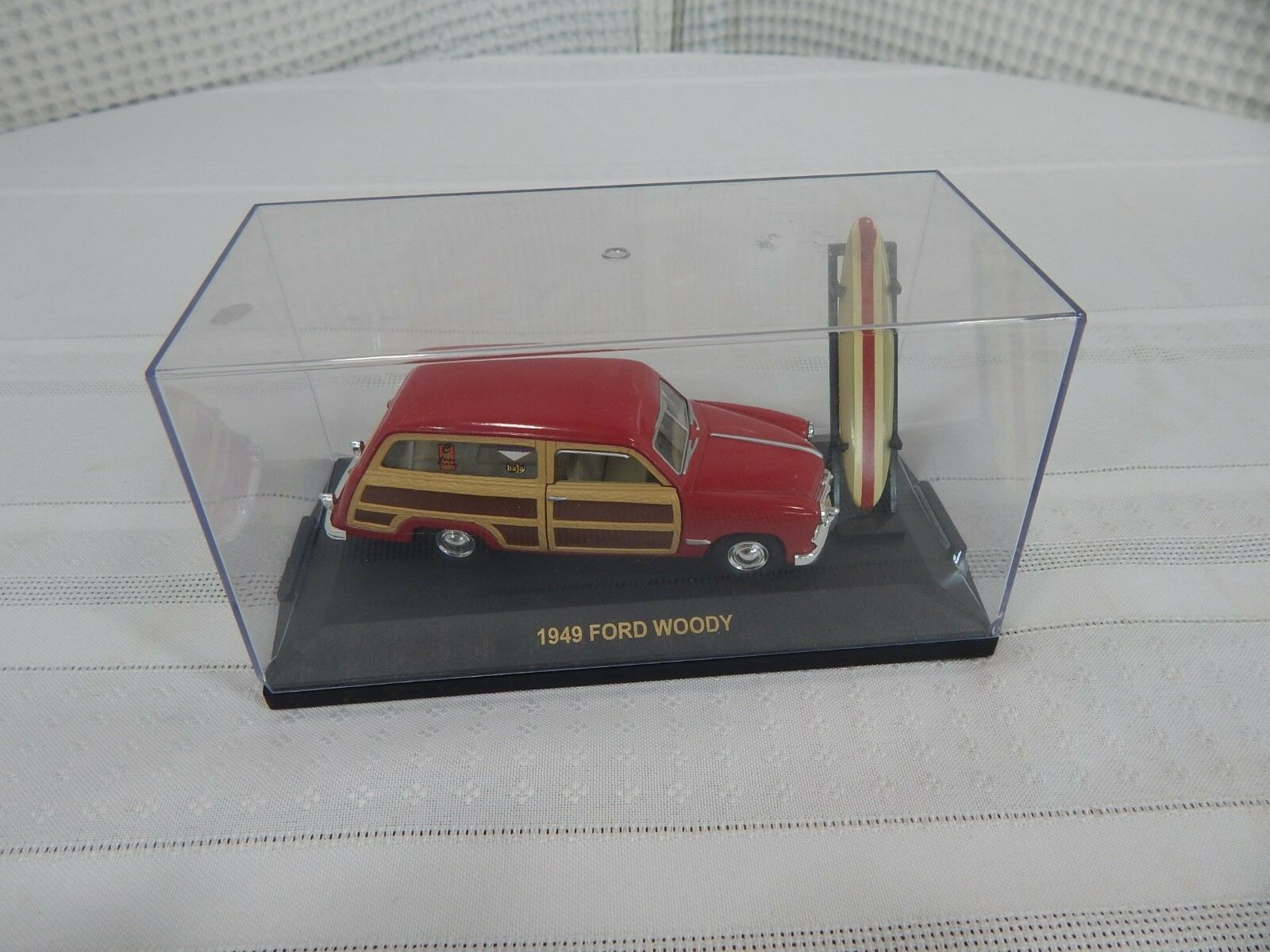 5  1 43 Die Cast Road Champs Inc.1949 Ford Woody