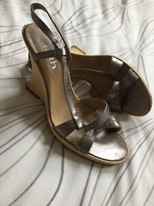 d728d26ce87 Details about Faith Retro Silver Wedge Sandals 6