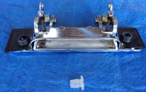 Toyota Landcruiser extrior door handle CHROME 75 79 # 69220-90K00 69210-90K00