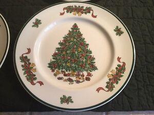 Johnson Brothers Victorian Christmas China Dinner Plate | eBay