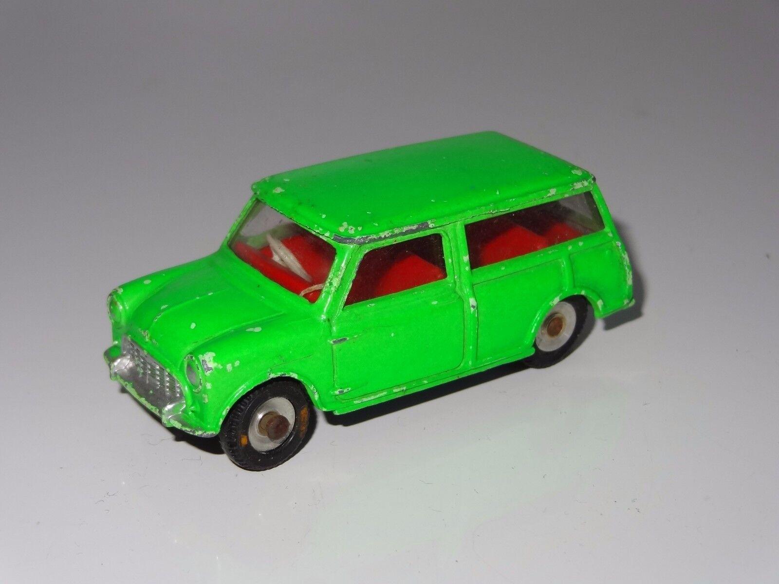 (c) dinky MORRIS MINI TRAVELLER - FLUORESCENT GREEN - 197