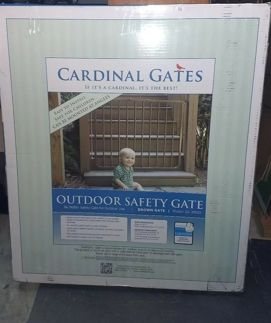 Cardinal Gate Outdoor Pet Dog Baby Safety Gate - Marronee SS-300D