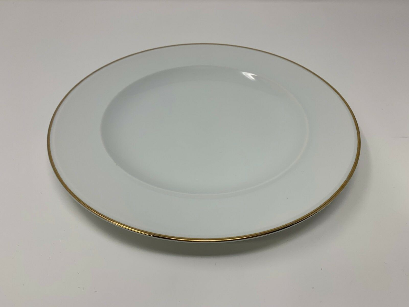 SOLD OUT Pottery Barn Japan Gold Gold Gold Rim GIGI Dinner Plate 10.5  (includes 6) e90c5a