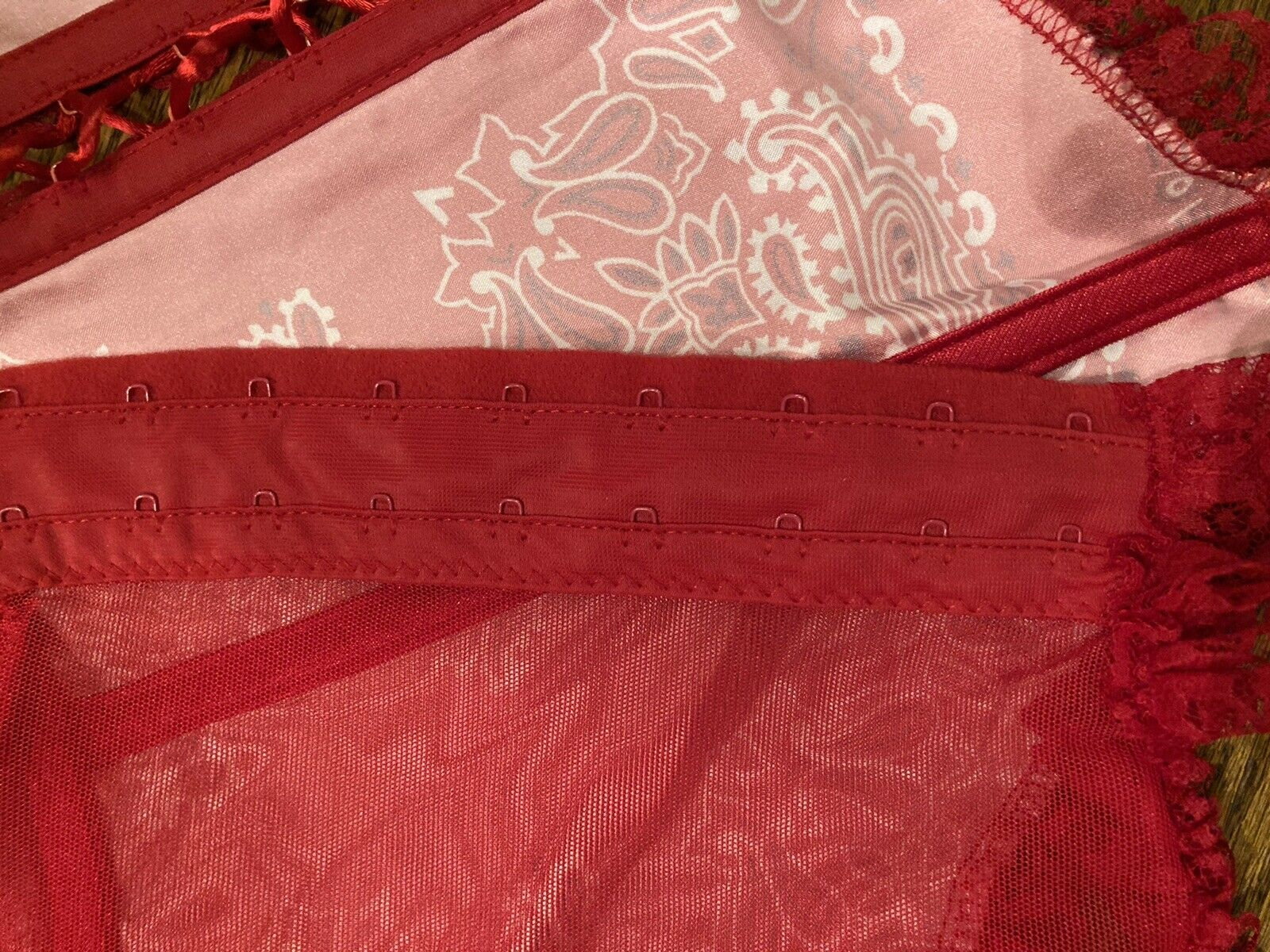 Vintage Fredericks of Hollywood Red Paisley Lace … - image 10