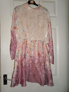 Ladies-BNWOT-Topshop-Floral-Dress-Size-8