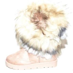 Stivaletti-beige-donna-imbottiti-di-lana-caldi-con-pelliccia-sfumata-doposci-con
