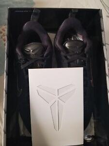 Xi Gold Low Kobe 001 Fade 11 869459 To Nike Ftb Mamba Elite Black Sz 64qC1qxw
