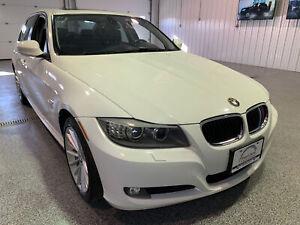 2011 BMW 3 Series 328i xDrive #Low Kms #Heated Steering Wheel