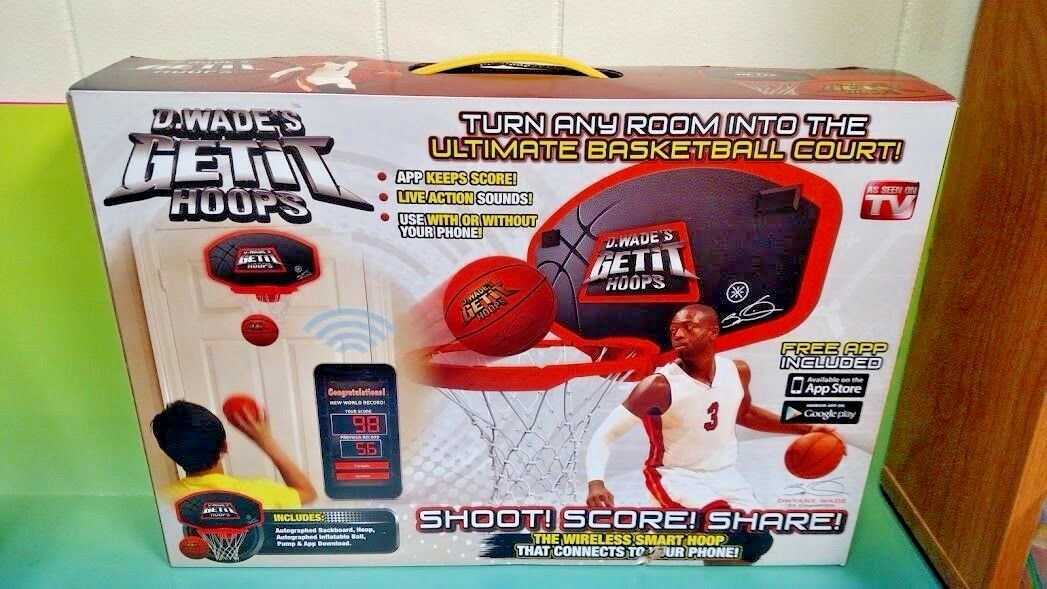 Brand New Sealed D WADES GET IT HOOPS BASKETBALL GAME AS SEEN ON TV DWYANE WADE