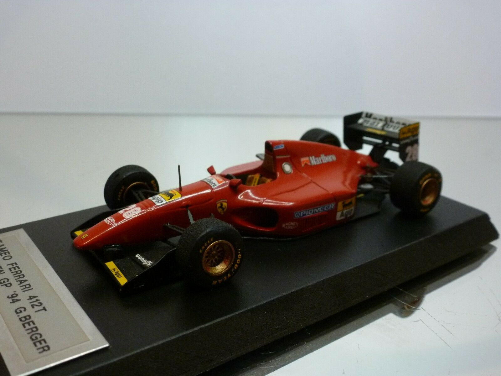 TAMEO FERRARI 412T GP BRAZIL '94 - GERHARD BERGER - F1 rojo 1 43 - GOOD on BASE
