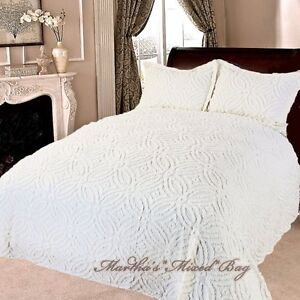 Image Is Loading Chenille Wedding Ring Vintage Ivory Bedspread Shams 100