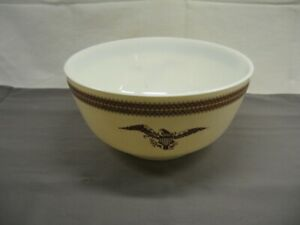 "Pyrex Federal Eagle 3 Quart Mixing Bowl Gold Accents 9 1/4"" Diameter VGC"