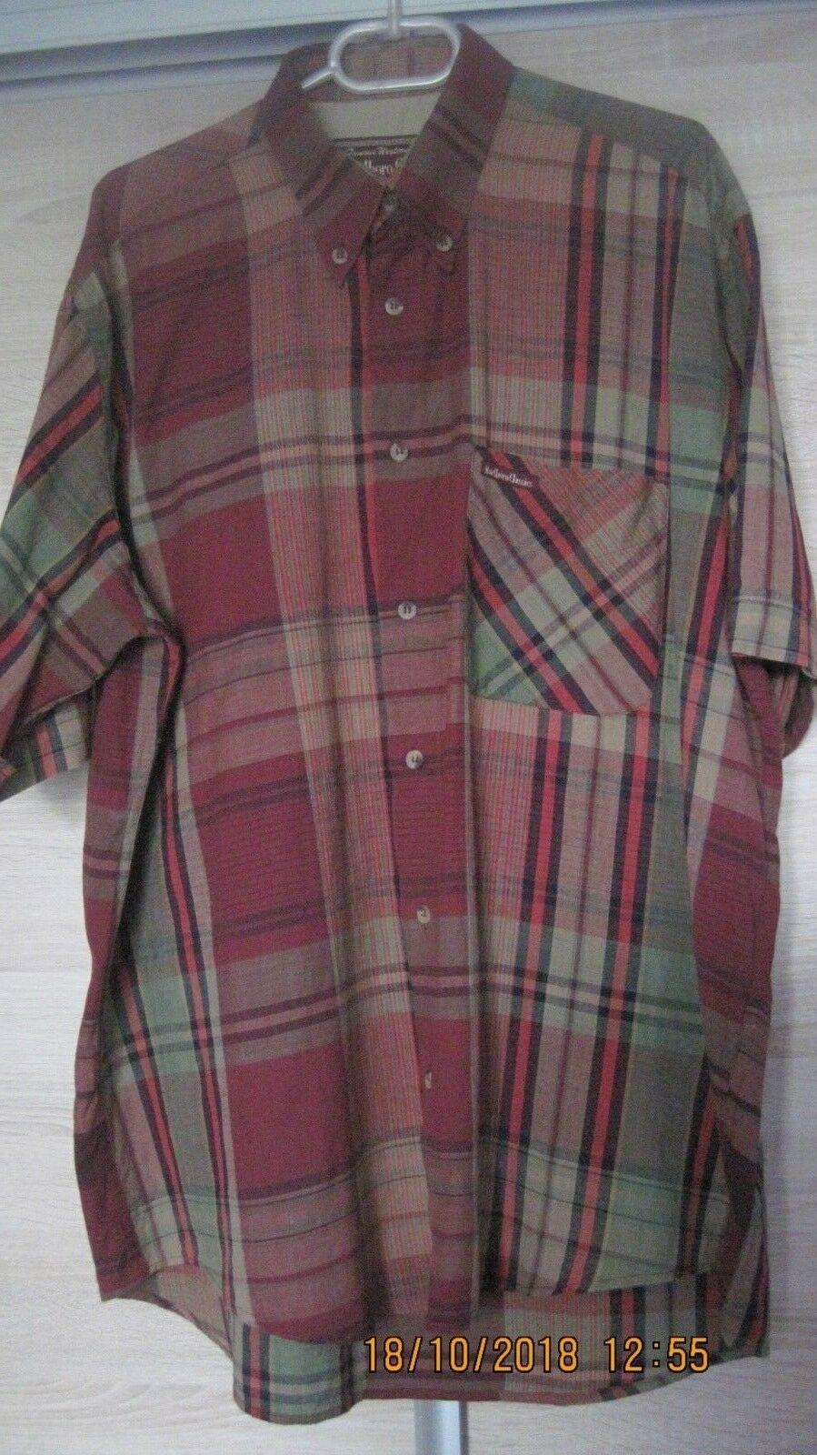 Marlbgold Classics shirt 100% cotton, size XL. Made in USA.
