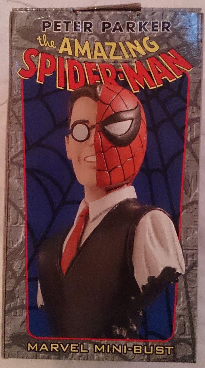 Marvel comics bowen spider - man peter parker mini - pleite   statue mit box