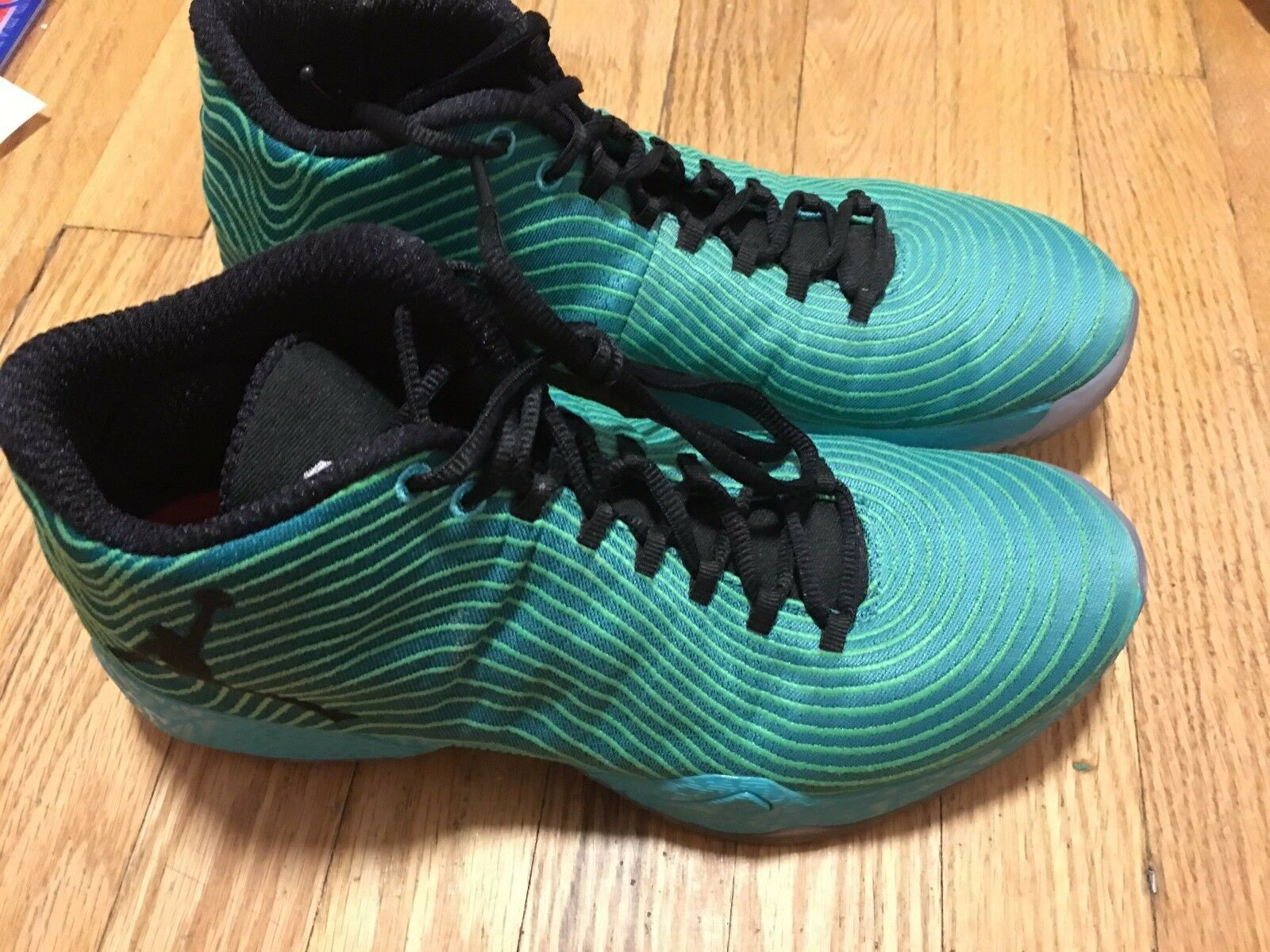 Jordan xx9 easter Green 29 size 10.5 USED No box Worn 2x Special limited time