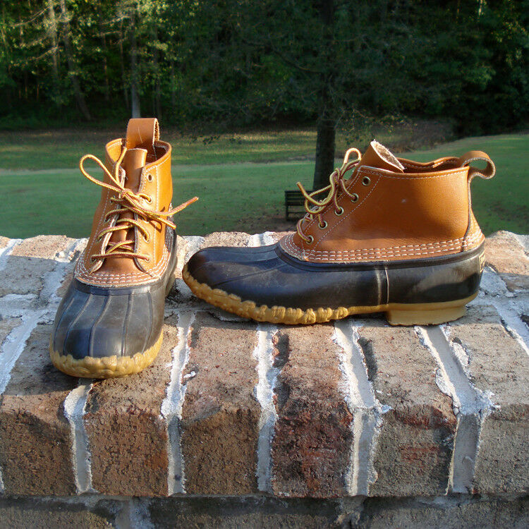 shoes - Men's Original L.L.Bean Boot 6 , made in Maine since 1912 - Size 10 N