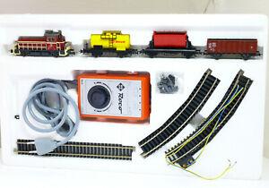 ROCO-4044-B-h0-Set-Elance-BR-384-DB-3-wagons-fahrtrafo-et-rails-neuf-dans-sa-boite
