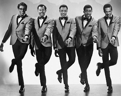 1960s American vocal group THE TEMPTATIONS Glossy 8x10 Photo R&B Soul Music