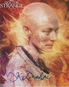 Tilda-Swinton-Doctor-Strange-Autographed-Signed-8x10-Photo-COA-PROOF