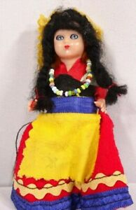 Vtg-Miniature-Girl-Doll-with-ethnic-attire-Eyes-Moves-4-1-4-034-H-Pre-Owned