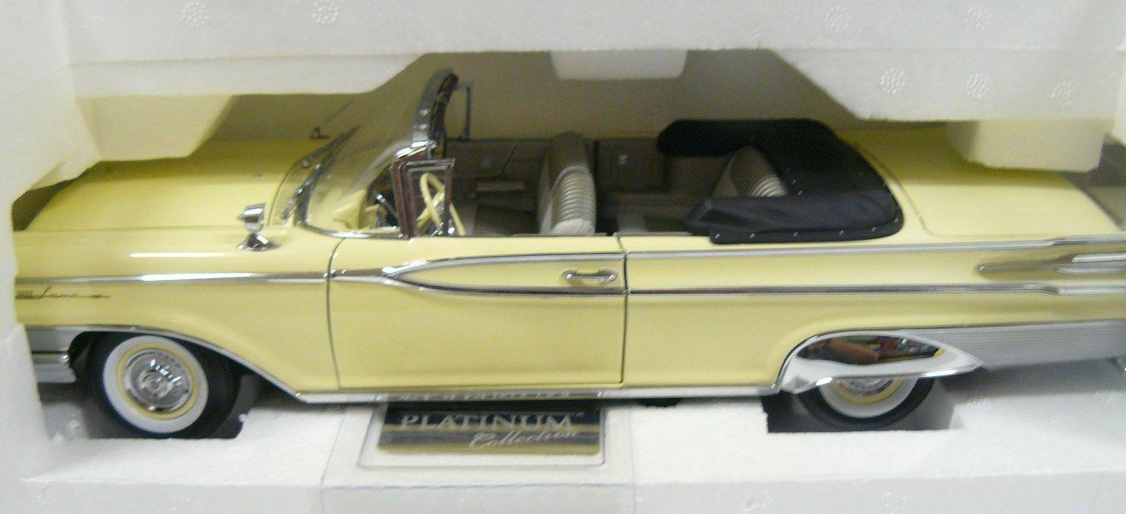 1 18 1959 Mercury Parklane open congreenible , in the box