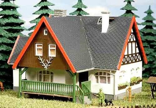 TT 12225 Auhagen H0 Bausatz Forsthaus