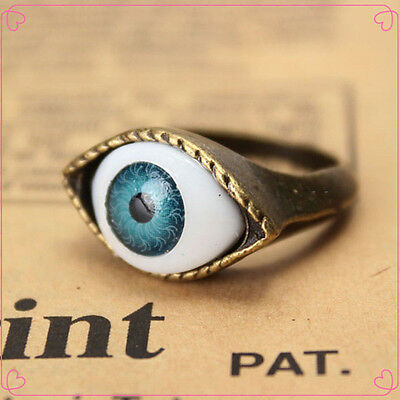 Classic Vintage Evil Eye Finger Ring Eyeball Punk Goth Jewellery Halloween Gift
