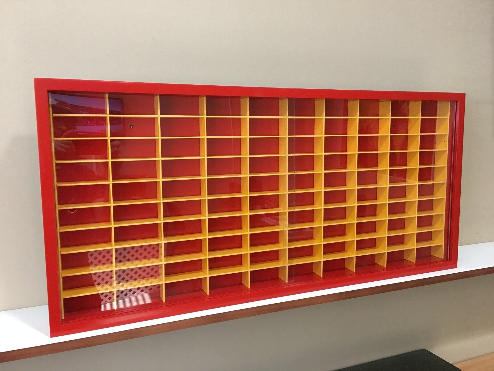 Display case cabinet for 1 64 diecast scale cars (hot wheels, matchbox)-100NRW-1
