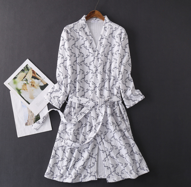Unisex White Cotton Lightweight Spa Robe Honeycomb Weave Pattern Bathrobe