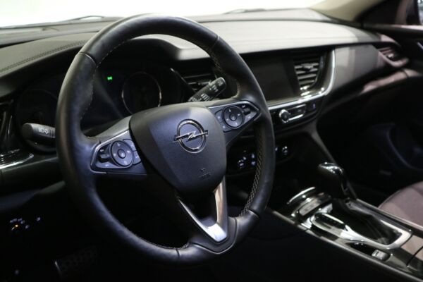 Opel Insignia 2,0 T 260 Dynamic Sports Tourer aut. 4x4 - billede 3
