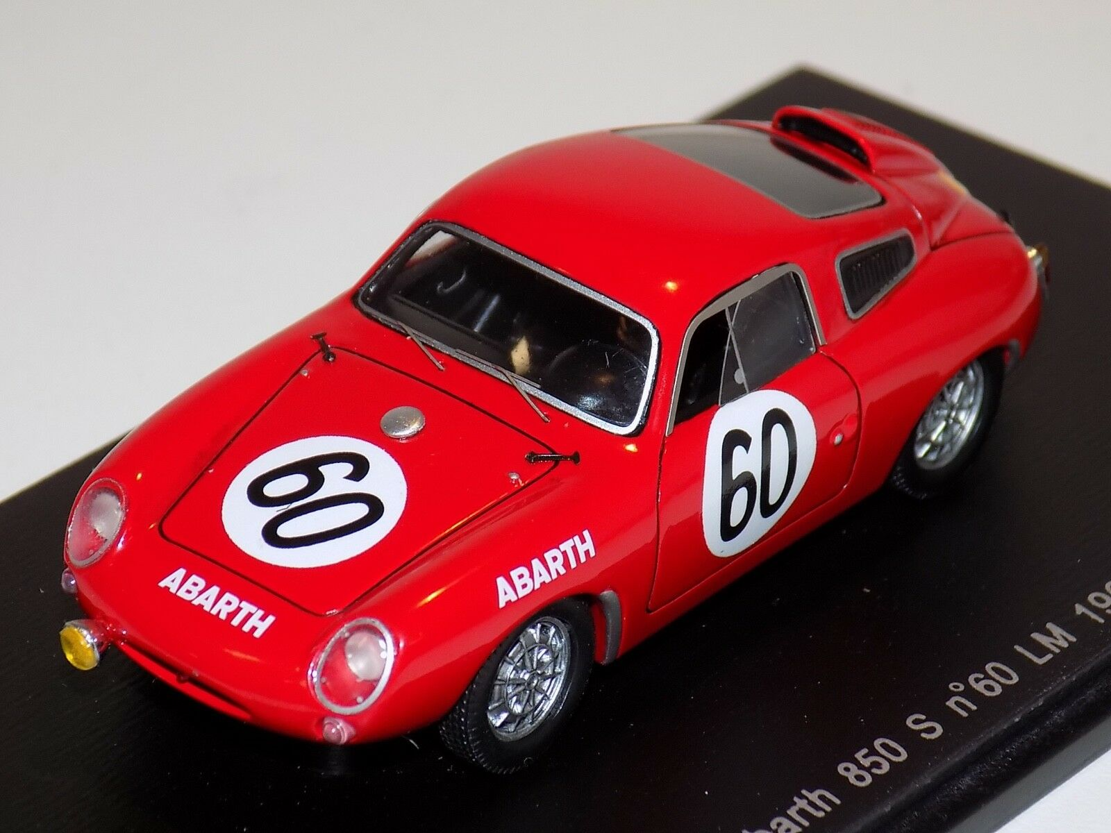 1 43 Spark Abarth voiture 850 S  60 14th 24 H DU MANS 1961 Hulme Hyslop S1333