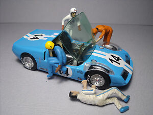 4  FIGURINES 1/43  SET 55   PIT STOP  DRIVERS   VROOM  UNPAINTED  NO  SPARK
