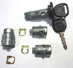NEW Chevrolet GM Chrome Trunk//Deck//Boot Lock Key Cylinder W//2 OEM Keys To Match