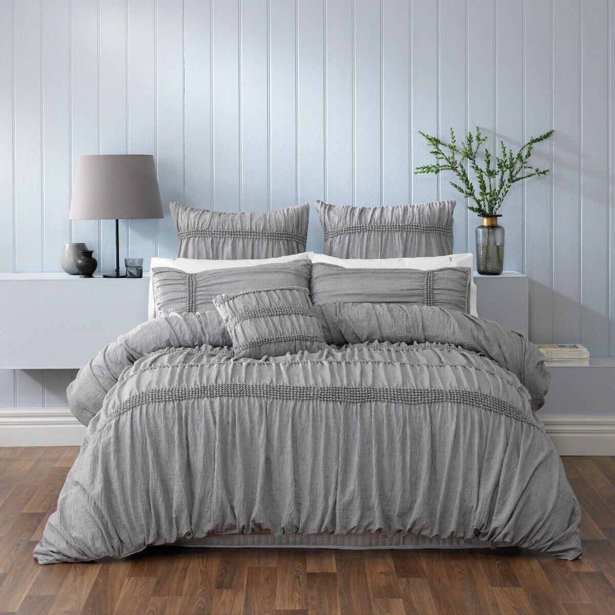 Weiß Giana Quilt Cover Set grau