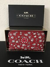 NWT COACH Cosmetic Case Make Up Bag Light Gold / Wild Hearts 58368B with box $65