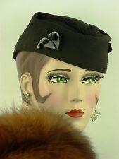 VINTAGE HAT 1930s FRENCH, 'MARTHE CALOT HAT', BLACK CHIFFON w BAKELITE HAT FLASH