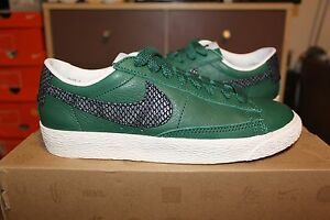 enlace Miedo a morir Borrar  Nike Blazer Low SB Vintage Green BlackSnake Size UK 3.5 Yeezy Hypbeast  Premeting | eBay