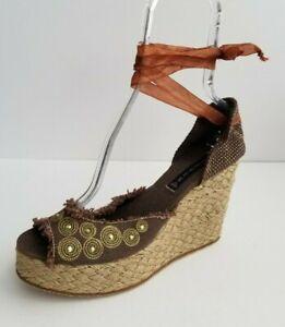 Nueve Socialista Ver insectos  Steve Madden 花边麻底鞋坡跟棕色露趾凉鞋尺寸EU 39 US 8.5 全新| eBay