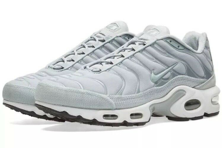 Wmns Nike Air Max Plus Prem Größe 7 UK 41 41 41 EUR Light Grün Weiß 848891 003 078c73