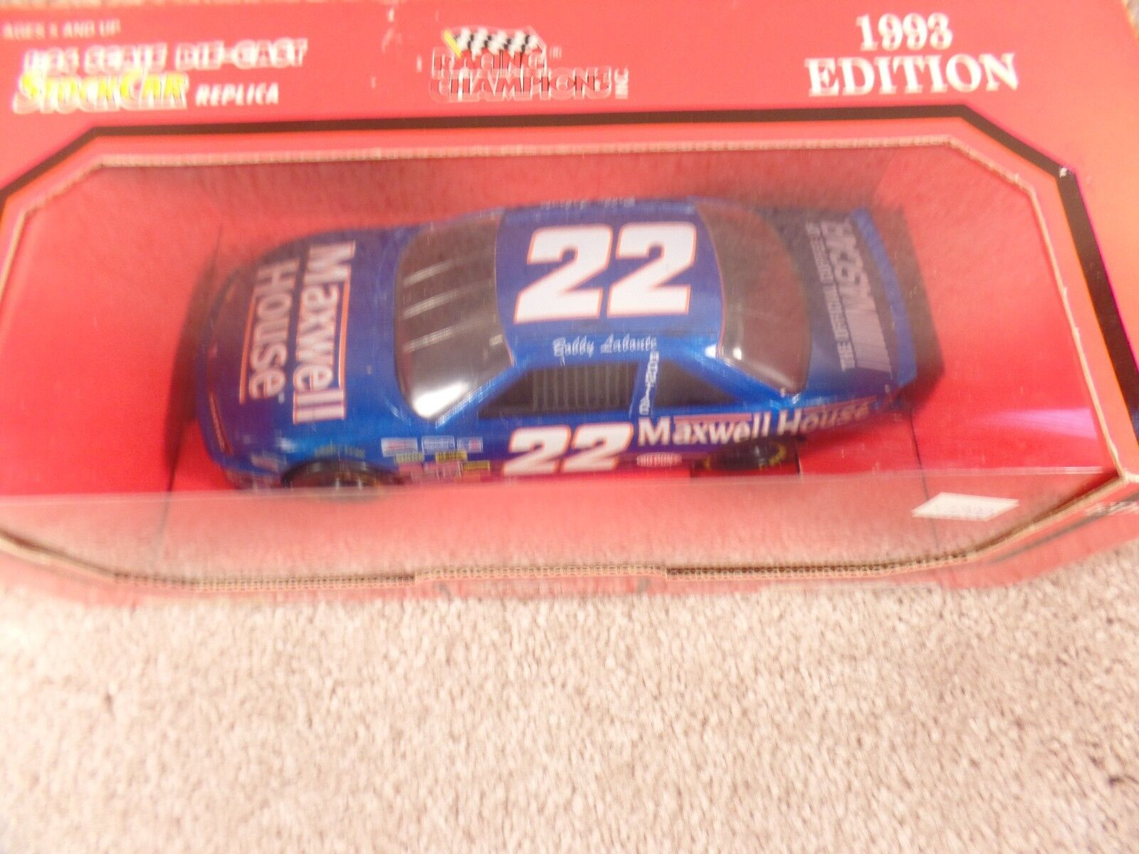 1993 Racing Champions 1:24 Diecast NASCAR Bobby Laboute Maxwell House   22 b