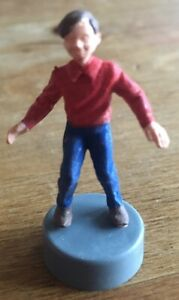 Vintage-Triang-spot-on-tommy-figure