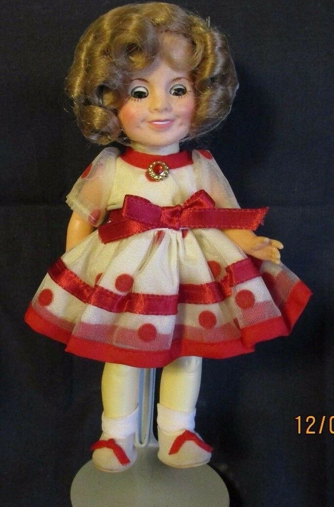 1982 IDEAL SHIRLEY SHIRLEY SHIRLEY TEMPLE DOLL NEVER BEEN PLAYED WITH MINT CONDITION 10d4f4
