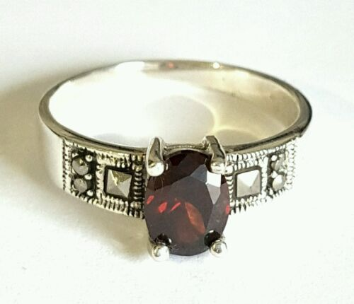 925 Sterling Silver Large C Z Real Marcasite Gemstone Ring Size 8