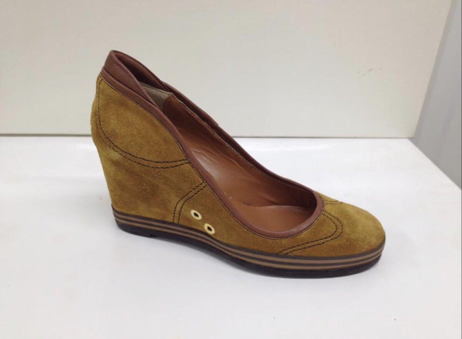 Ladies High Wedges Pumps Made in  Ochre Suede Lady Doc