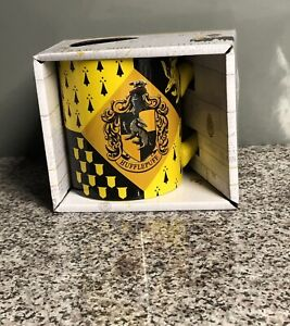 New In Box Harry Potter Wizarding World Hufflepuff House Ceramic Mug 14 Oz