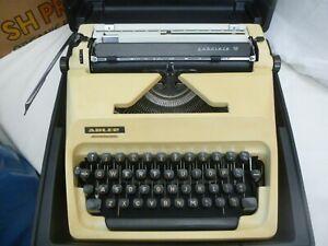 adler gabriele 10 typewriter working ok