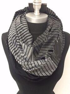 Men-039-s-Fashion-Infinity-Scarf-2-Circle-Cowl-Wrap-Soft-HIGH-QUALITY-Black-White